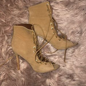 Shoes - Lace up tan heel